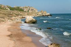 Free Sand Beach And Rocks Near Of Sea Stock Photos - 5268263