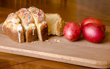 Free Easter Cake And Red Eggs Stock Images - 52687374