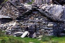 Free Ruined Alpine Huts Stock Photos - 5271703