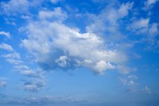 Free The Beautiful Blue Sky Stock Images - 5272034