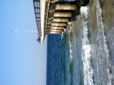 Free Large Pier Stretching Into The Sea Stock Images - 5275884