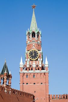 Free Kremlin Tower With Clock Stock Photo - 5280600