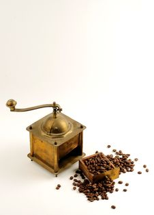 Free Antiquity Coffee Machine Royalty Free Stock Photos - 5282598
