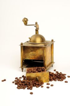 Free Antiquity Coffee Machine Royalty Free Stock Images - 5282649
