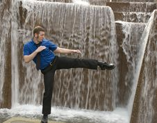 Free Business Man Tai Chi Royalty Free Stock Photography - 5283097