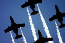 Free Flying Formation Royalty Free Stock Image - 5284746