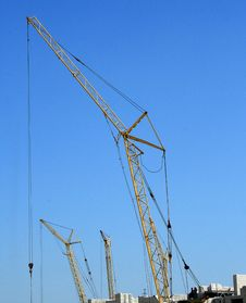 Free Building Crane Royalty Free Stock Photography - 5285327