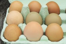 Free Fresh Free-range Chicken Eggs Stock Photos - 5288433