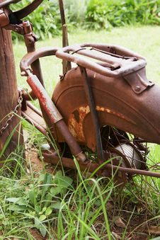 Free Rusted Bicycle Royalty Free Stock Photo - 5290975