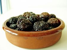 Free Dried Black Olives Stock Images - 5292434