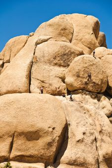 Free Rock Climbers, Joshua Tree National Park Stock Images - 5293374