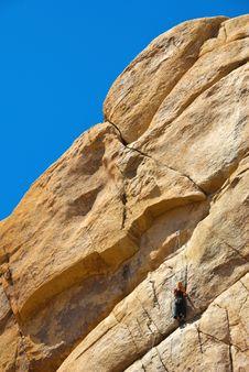 Free Girl Rock Climbing, Joshua Tree National Park Royalty Free Stock Photo - 5293445