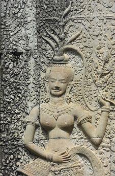 Free Cambodia; Angkor Wat ; Bas Reliefs: Apsara Royalty Free Stock Image - 5296336