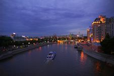 Free Evening Moscow Royalty Free Stock Photography - 5297077