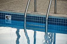Free Ladder Reflection Stock Image - 5297121