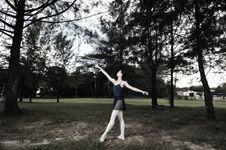 Free Outdoor Ballet Royalty Free Stock Photo - 5299015