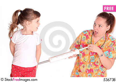 Free Nurse Gives Child A Shot Royalty Free Stock Photos - 536738