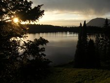 Free Dark Sunset On Mountain Lake Royalty Free Stock Photo - 531575