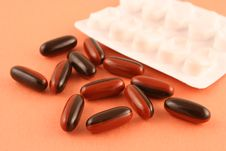 Free Brown Pills Stock Photography - 531592