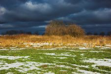 Free The Meadow Before The Storm Stock Image - 533121