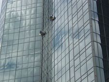 Free Window Washers High 2 Royalty Free Stock Images - 535209