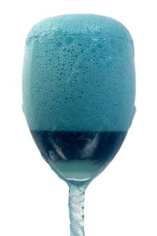 Free Blue Foam In A Glass Royalty Free Stock Photos - 536018