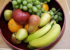 Free Fruits Royalty Free Stock Photo - 539135