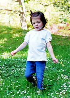 Free Little Girl Royalty Free Stock Photos - 5301628