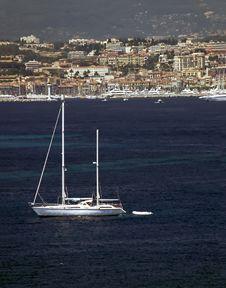 Free Sailboat And Coast Royalty Free Stock Photo - 5302265