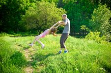 Free Father And Daughter Royalty Free Stock Photo - 5303045