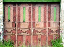 Free Old Doors Royalty Free Stock Photography - 5303537