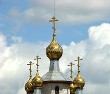 Free Gold Domes Of A Temple Of Andrey Pervozvannogo Royalty Free Stock Photo - 5307985
