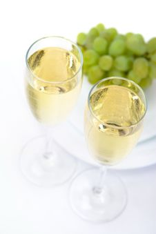 Free Glasses Of Wine With Grape Royalty Free Stock Photo - 5316545