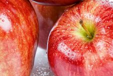 Free Apple Closeup Stock Photography - 5318152