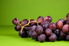 The Bunch Of Ripe Red Grapes Royalty Free Stock Images