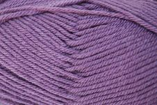 Free Close Up Dusty Purple Yarn Stock Images - 5318434