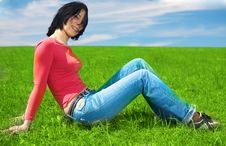 Free Green Grass Field Royalty Free Stock Photos - 5321598