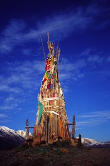Free Pole Of Prayer Flags Royalty Free Stock Images - 5321989