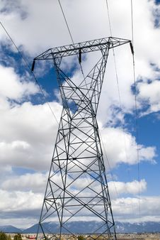 Free Power Tower Over Landscape Royalty Free Stock Images - 5322899