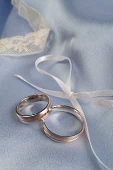 Free Wedding Rings Royalty Free Stock Photos - 5322998
