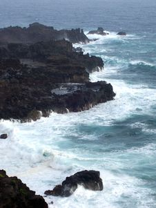 Free Hawaiian Ocean Water Breaking Royalty Free Stock Images - 5323859
