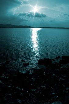 Free Sunlight-Sunlight Stock Image - 5324921