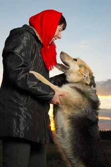 Free The Woman And Dog Stock Photography - 5325112
