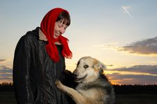 Free The Woman And Dog Royalty Free Stock Photos - 5325698