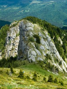 Free Rocky Tower In Mountain Royalty Free Stock Photography - 5326167