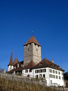 Free Spiez Castle 02, Switzerland Stock Photo - 5326340