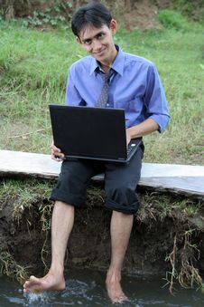 Free Man With Laptop Stock Photo - 5329950