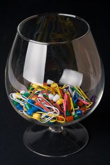 Free Colored Paperclips And Pins In A Glass Royalty Free Stock Images - 5330389