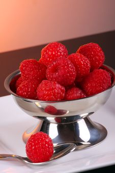Free Fresh Raspberry Royalty Free Stock Image - 5330796