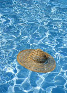 Free Straw Hat Royalty Free Stock Image - 5331296